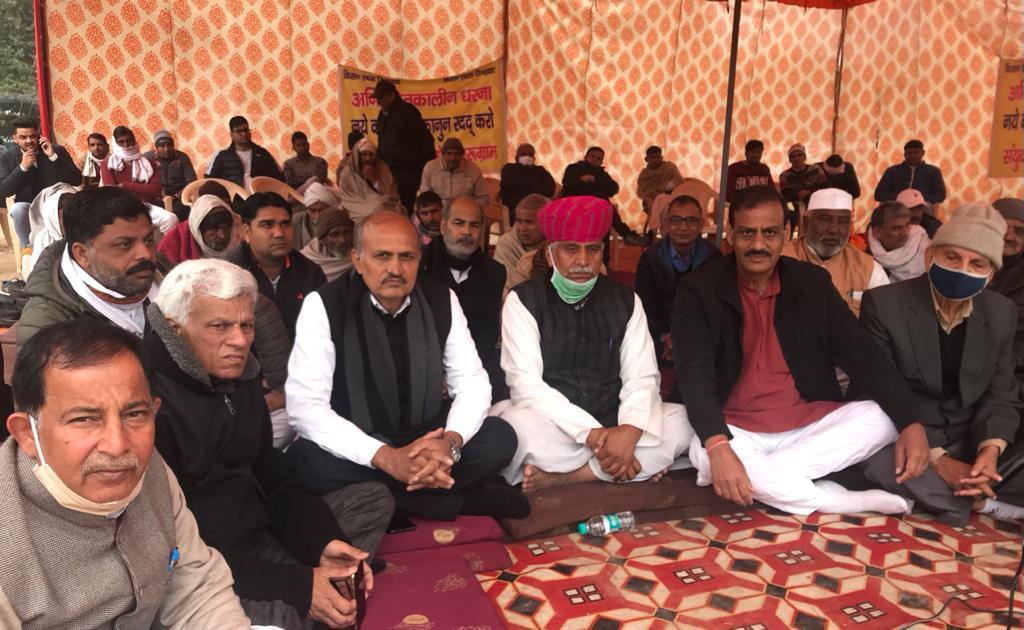हरियाणा सरकार के मंत्रियों में जनता से सीधा संवाद करने का साहस नहीं : चौधरी संतोख सिंह