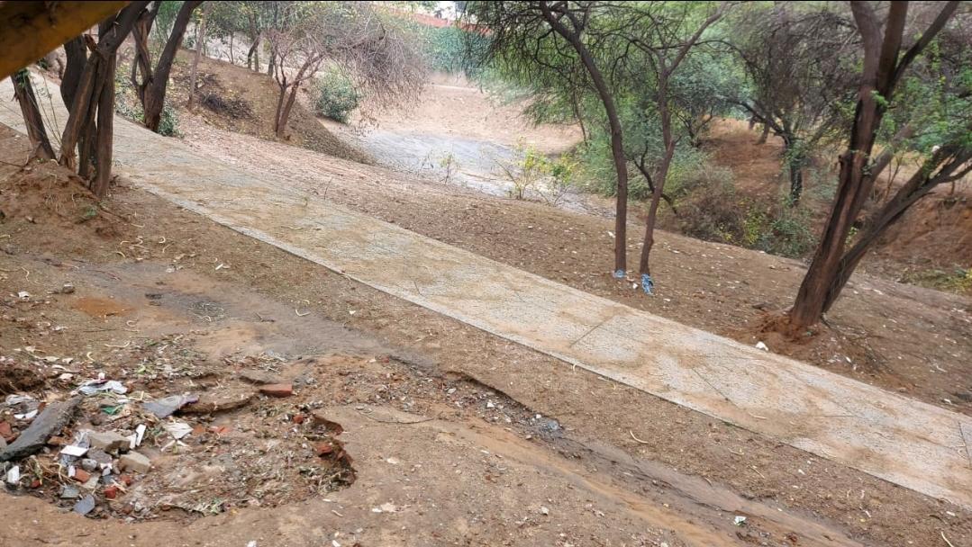 गैरमुमकिन पहाड़ और वन क्षेत्र की जमीन पर नगर निगम ने किया पेट्रोल पंप का आवंटन