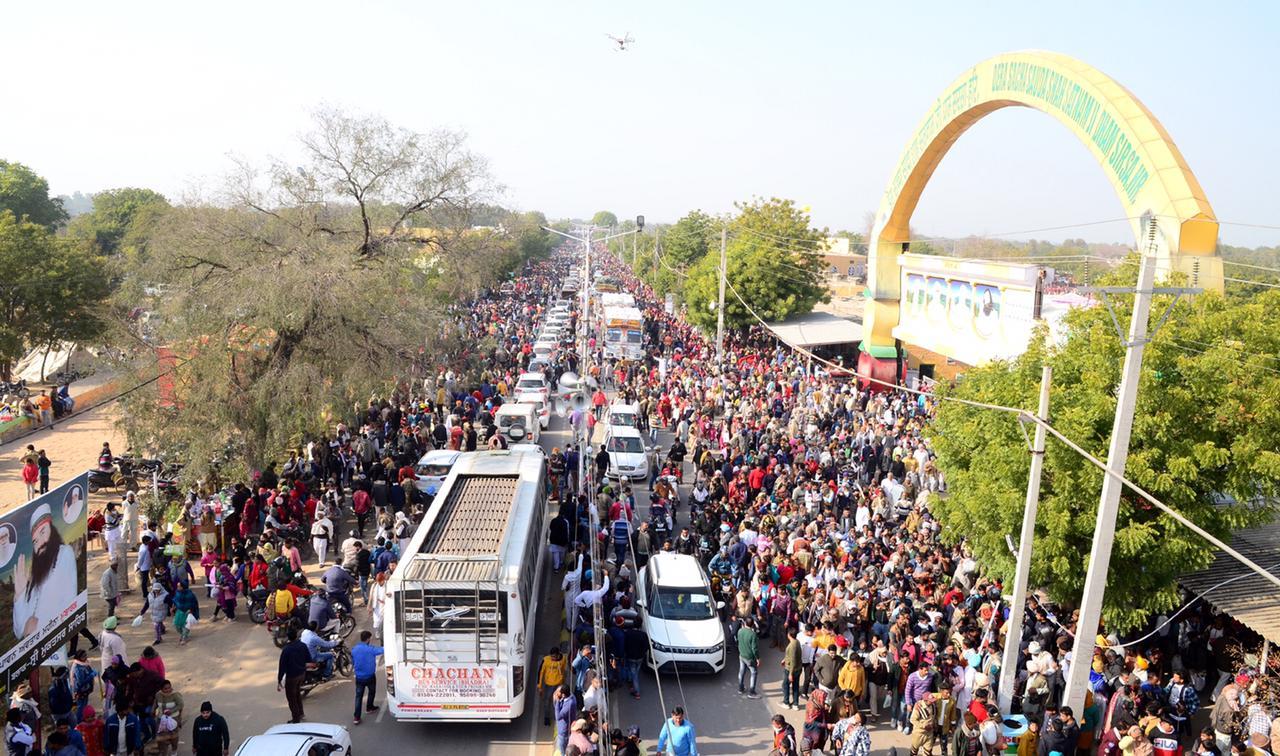 दुनिया भर में मानवता भलाई कार्यों के साथ मनाया  शाह सतनाम जी महाराज का पावन अवतार दिवस
