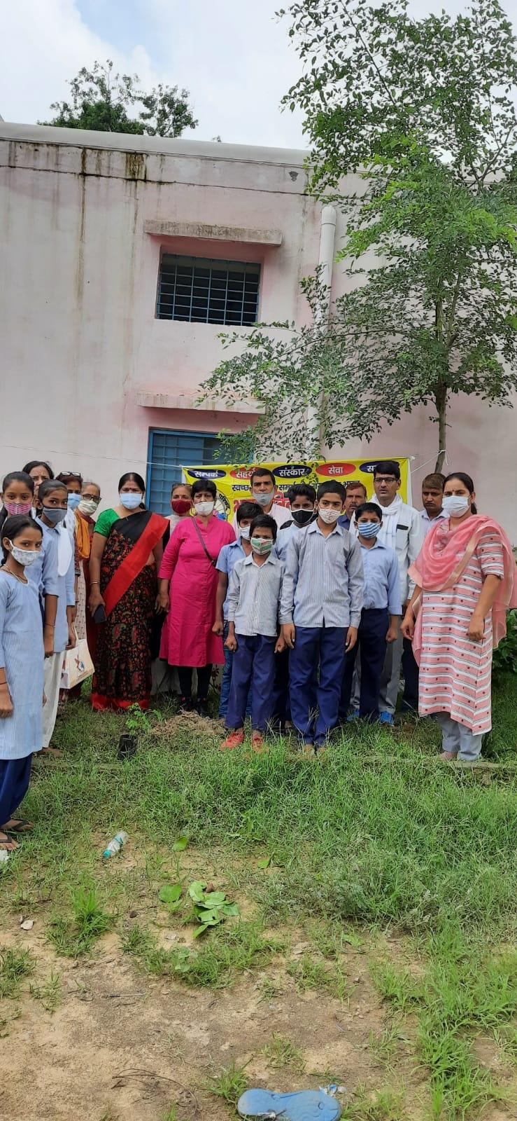 भारत विकास परिषद ने किया पौधरोपण